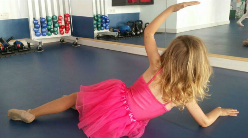 Carta a mi pequeña bailarina, Lois