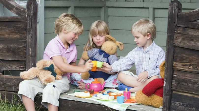 El debate sobre les muñeques de género neutro: ¿para qué sirven?