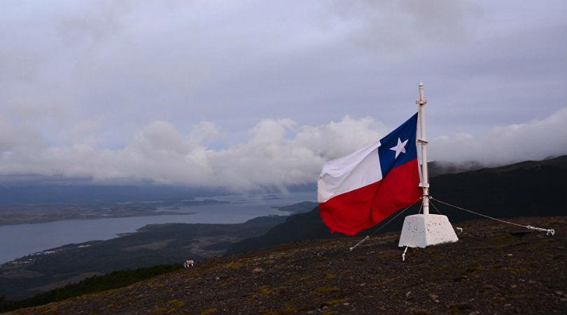 Lenguaje inclusivo se extiende en Chile de a poco, pese a las burlas