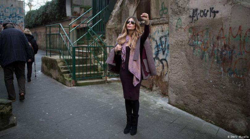 """Una mujer trans que se crió en una familia de la mafia napolitana: """"No somos monstruos"""""""