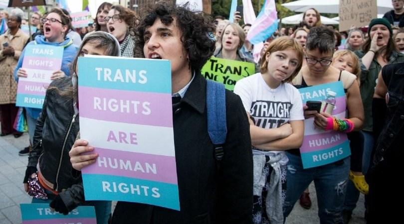 Qué está pasando con los derechos de las personas trans en España: de la Q de Queer a la T de TERF