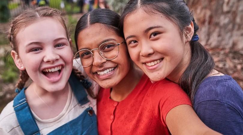 """Hulu estrena """"First Day"""", una serie innovadora sobre una niña trans que comienza la escuela secundaria"""