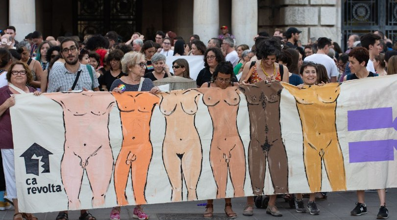 Una manifestación del Orgullo LGTBI en València