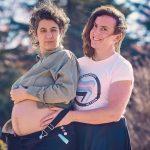 La historia de amor de Juani y Esther, una pareja trans que va a tener une bebé