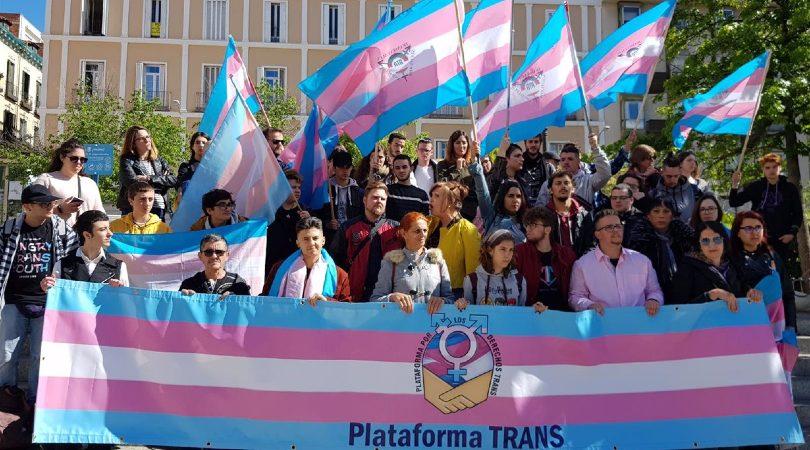 La Federación Plataforma Trans exhorta al PSOE a cumplir el compromiso del Gobierno español con las personas trans